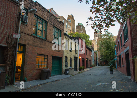 New York City, NY, USA, Brooklyn Heights, Street Scenes, Townhouses, 'Row House', Brown Stone, Old Mews houses city Stock Photo