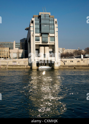 Ministry of Finance and the water entrance, Pont de Bercy, Seine, Paris, France, Europe - Stock Photo