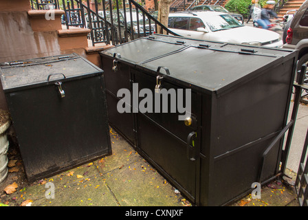 New York, NY, USA, Trash Can COntainers, Outside Brownstone Building  in Chelsea Area - Stock Photo