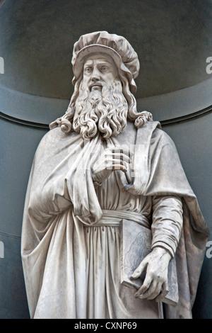 Leonardo da Vinci statue in front of Uffizi Gallery near Piazza della Signoria in Florence - Stock Photo