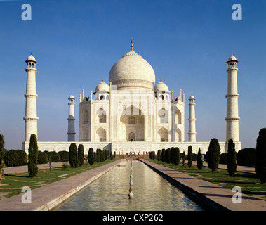 India. Uttar Pradesh. Agra. Taj Mahal. - Stock Photo