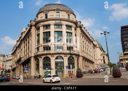 Brussels, Belgium - July 26, 2012 : A view on the corner of the streets Kanselarijstraat and Rue Montagne du Parc. - Stock Photo