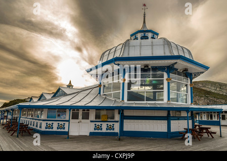 The amusement arcade on the end of the pier at Llandudno in North Wales. Clwyd - Stock Photo
