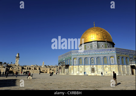 Minarett of the Al-Aqsa Mosque and the Dome of the Rock, Temple Mount, Old City, Jerusalem, Israel, Middle East, - Stock Photo