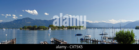 Sailing boats on Chiemsee Lake, Gstadt, Fraueninsel, Lady's Island, Upper Bavaria, Bavaria, Germany, Europe - Stock Photo