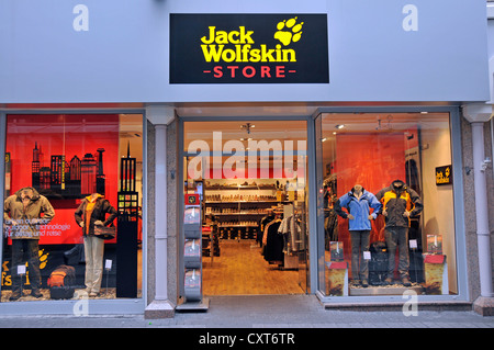 jack wolfskin store outdoor clothing berlin germany deutschland stock photo 21458689 alamy. Black Bedroom Furniture Sets. Home Design Ideas
