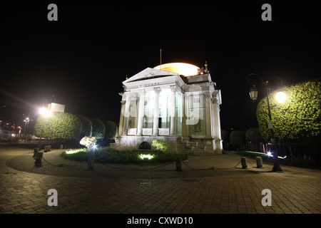 a beautiful picture of The Volta Temple by night, lake Como, Italy, photoarkive - Stock Photo