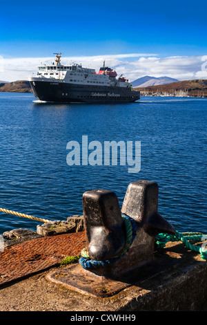The Caledonian MacBrayne ferry MV Clansman sailing into Oban Harbour, Argyll and Bute, Scotland. - Stock Photo