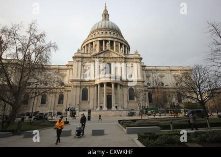 a view of Saint Paul's Cathedral, London,U.K., city, europe, photoarkive - Stock Photo