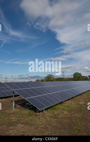 Solar Panels being installed at Parkwall Farm, Westonzoyland Road, Bridgewater. - Stock Photo