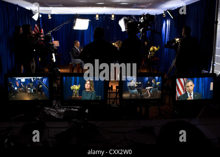 US President Barack Obama participates in an NBC Education Nation interview with Savannah Guthrie at the Milwaukee - Stock Photo