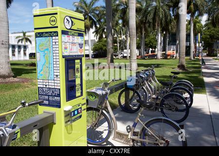 pay station at bike rental station deco bike miami south beach florida usa - Stock Photo