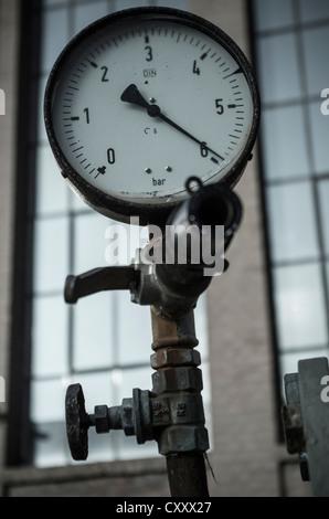 Pressure gauge, Zeche Ewald Colliery, Herten, Recklinghausen, Ruhr Area, North Rhine-Westphalia - Stock Photo
