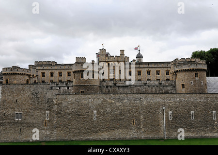 Tower of London, Waterloo Barracks, home of the crown jewels, UNESCO World Cultural Heritage site, palace, prison - Stock Photo