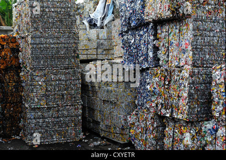 Tin cans pressed into blocks, tinplate, aluminium, for the export to China in a recycling plant, San José, Costa - Stock Photo