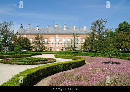 Gardens of the royal palace of aranjuez spain stock photo for Jardin de la isla aranjuez