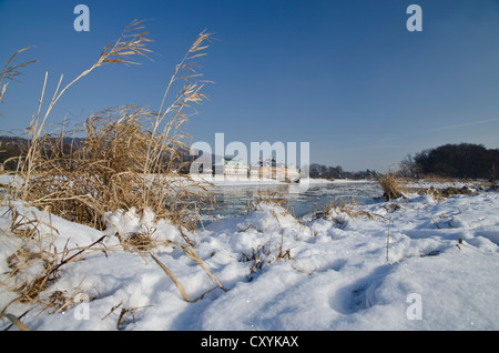 The almost frozen river Elbe, a rare phenomenon which gives a spectacular sight of the city, Pillnitz, Dresden, - Stock Photo