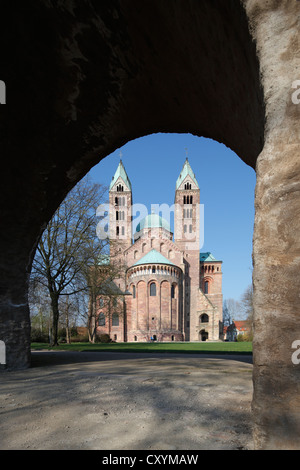 Speyer Cathedral, Kaiserdom zu Speyer cathedral, eastern facade with apse, Speyer, Rhineland-Palatinate - Stock Photo