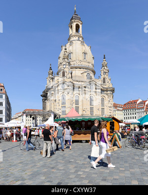 City festival in Dresden, Frauenkirche church, Neumarkt square, Saxony - Stock Photo