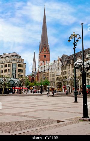 Rathaus market platz square and St. Petrikirche, St. Peter church, in the historic center of Hamburg, Germany - Stock Photo