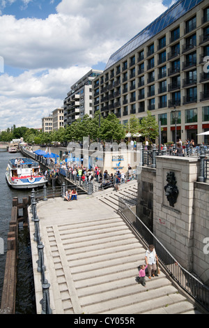 Promenade of the Spree river, Radisson Blu Hotel, DDR Museum, GDR museum, sightseeing boat, Mitte district, Berlin - Stock Photo