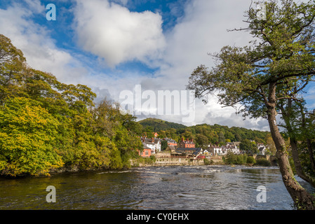 The river Dee at Llangollen in North Wales. - Stock Photo