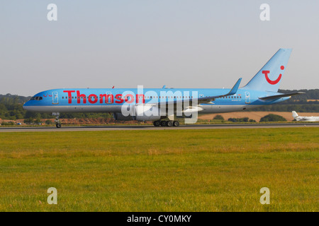 Thomson Boeing 757 taking off - Stock Photo