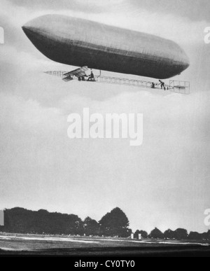 First US Army Airship, The Signal Corps I, Built by Scott Baldwin, USA, Circa 1908 - Stock Photo