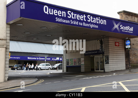 Vehicle and pedestrian entrance to Queen Street Station on North Hanover Street in Glasgow city centre Scotland - Stock Photo