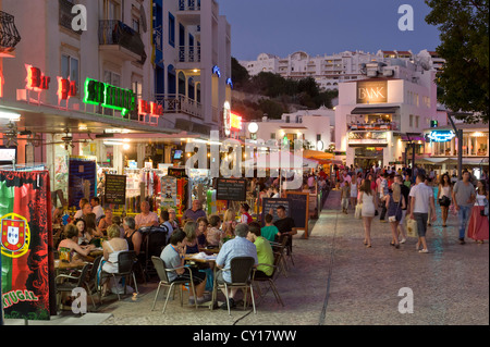 Portugal, the Algarve, Albufeira, the main square at dusk (Largo Jacinto d'Ayet) - Stock Photo