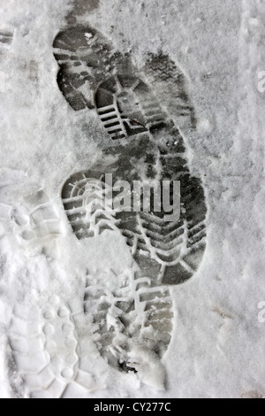 footsteps in snow, tracks in snow, traces in snow, winter, photoarkive - Stock Photo