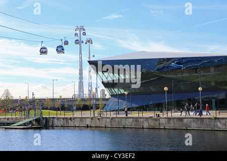 The Emirates Airline cable car going over the Crystal, Siemen's new techno-hub, in Royal Docks, Newham, east London, - Stock Photo