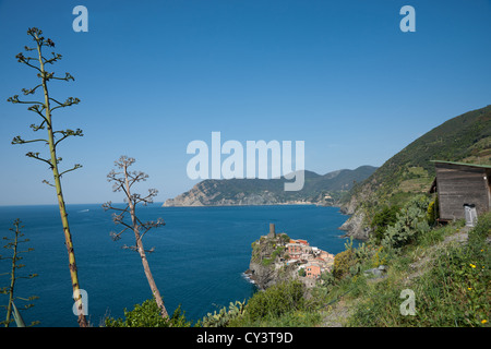 Coastal view of the Ligurian Coast in western Italy. From above the historic Italian town of Venazza. - Stock Photo