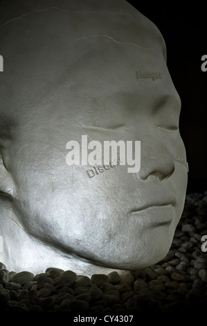 In the Midst of Dreams - from a series of sculptures of alabaster heads by Jaume Plensa, exhibited at Yorkshire - Stock Photo