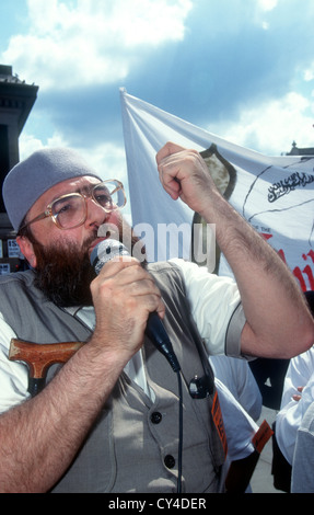 Sheikh Omar Bakri Muhammad (aka Tottenham Ayatollah) of 'Al-Muhajiroun' at rally for Islam, Trafalgar Square - Stock Photo