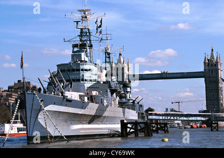 UNITED KINGDOM HMS Belfast is a museum ship,  a Royal Navy light cruiser, C35 permanently moored in London on the - Stock Photo