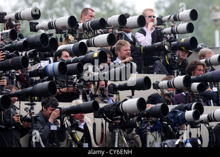 PRESS PHOTOGRAPHERS OUTSIDE BUCKINGHAM PALACE ON THE ROYAL WEDDING DAY OF PRINCE WILLIAM AND KATE MIDDLETON - Stock Photo