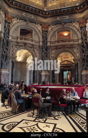 The amazing cafe in the Kunsthistorisches Museum in Vienna, Austria. - Stock Photo