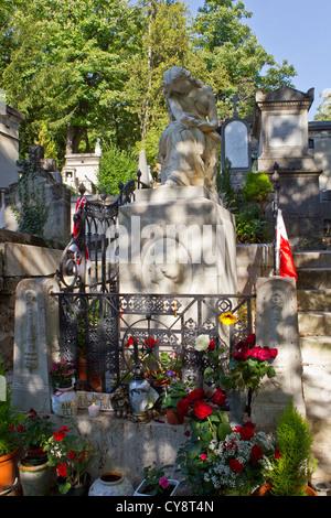pere lachaise cemetery - Stock Photo