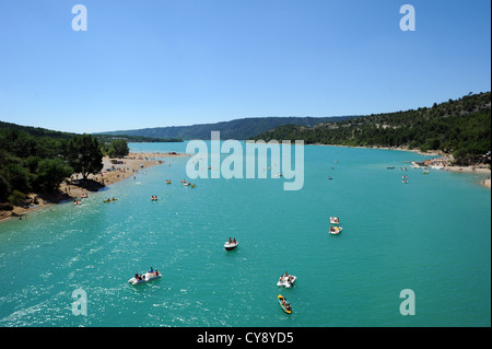 The lac de Sainte-Croix, a man-made reservoir linked to the gorges du Verdon in Provence, southern France. - Stock Photo