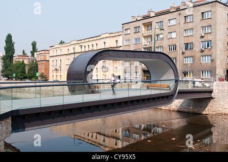 Festina Lente Bridge over the river Miljacka, opened 2012, Sarajevo, Bosnia and Herzegovina - Stock Photo
