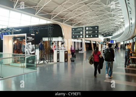 Zurich airport departures