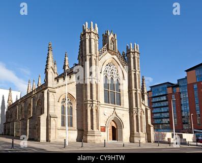 St Andrews Metropolitan Cathedral  (Roman Catholic) [1814] Clyde Street, central Glasgow. - Stock Photo