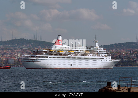 Fred Olsen Line's 'Black Watch' turning in the Bosphorus at Istanbul Cruise port.