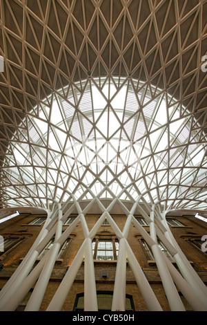 New Kings Cross Railway station western concourse extension architecture, London, England - Stock Photo