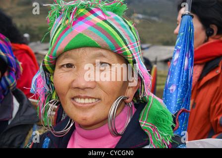 Vietnam, Sapa Market, Black Hmong women in traditional dress - Stock Photo