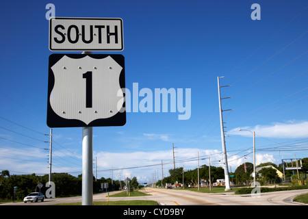 us overseas highway route one south through key largo florida keys usa - Stock Photo