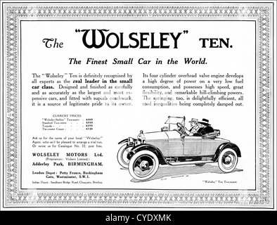 Original 1920s vintage print advertisement from English magazine advertising Wolseley 10 car manufactured 1920  - Stock Photo