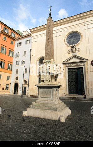 'Il Pulcino Della Minerva ' a sculpture of an Elephant carrying an obelisk by Bernini in front of Santa Maria sopra - Stock Photo