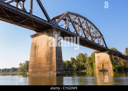 OCCOQUAN, VIRGINIA, USA - Railroad bridge over Occoquon River. - Stock Photo